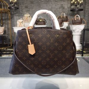 $330 Louis vuitton bag